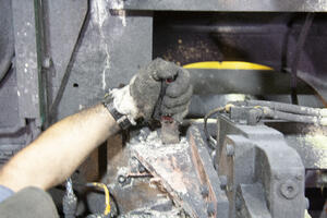 Hand tool cleaning-1